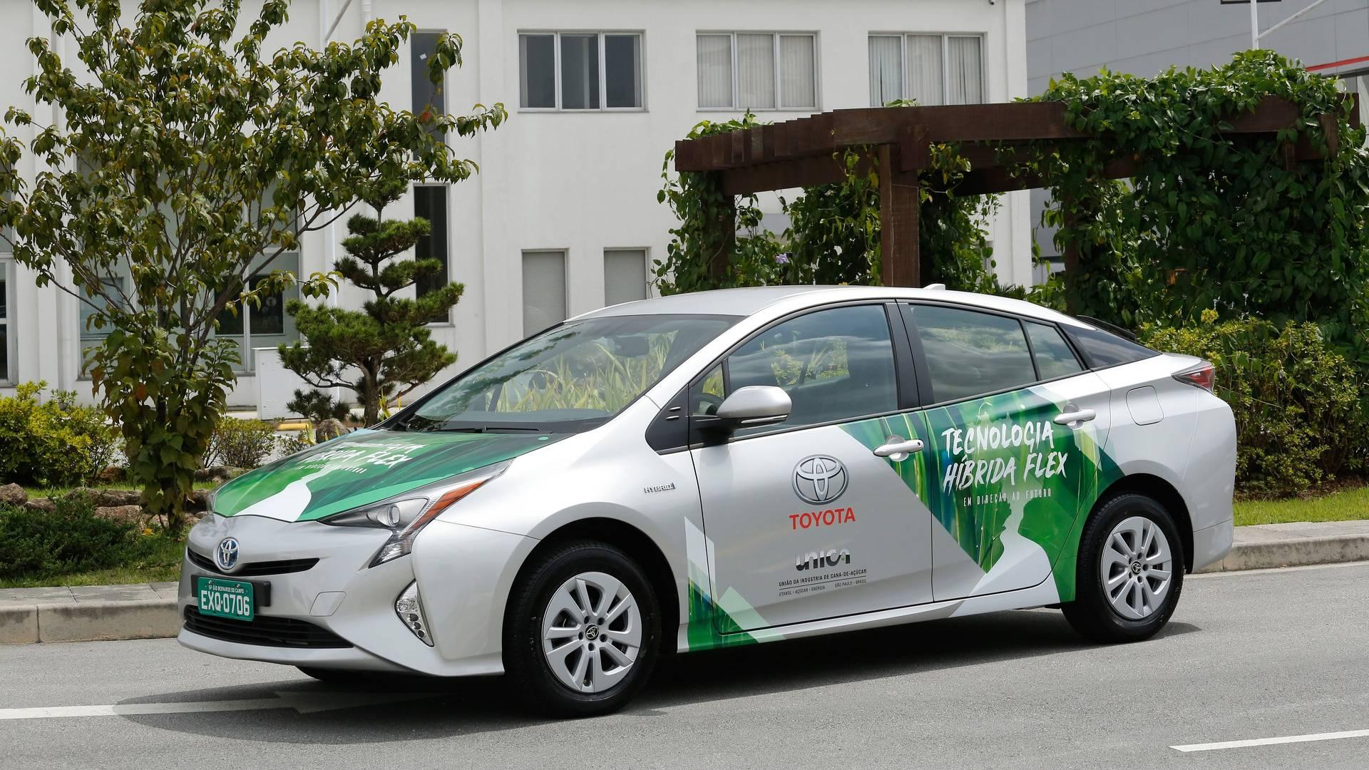 Novo Corolla terá motor desenvolvido no Prius flex