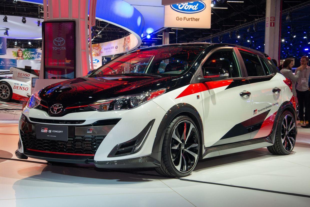 Toyota Yaris GR-S é um hot hatch em forma de carro conceito mostrado no Salão do Automóvel de São Paulo