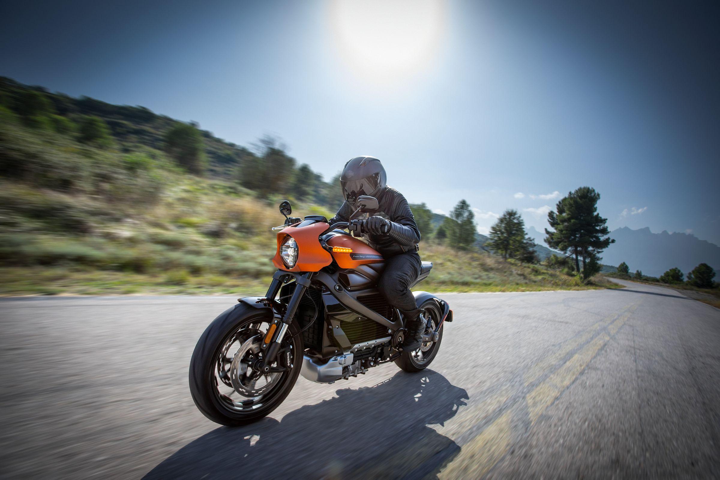 Harley-Davidson LiveWire tem centro de gravidade mais baixo