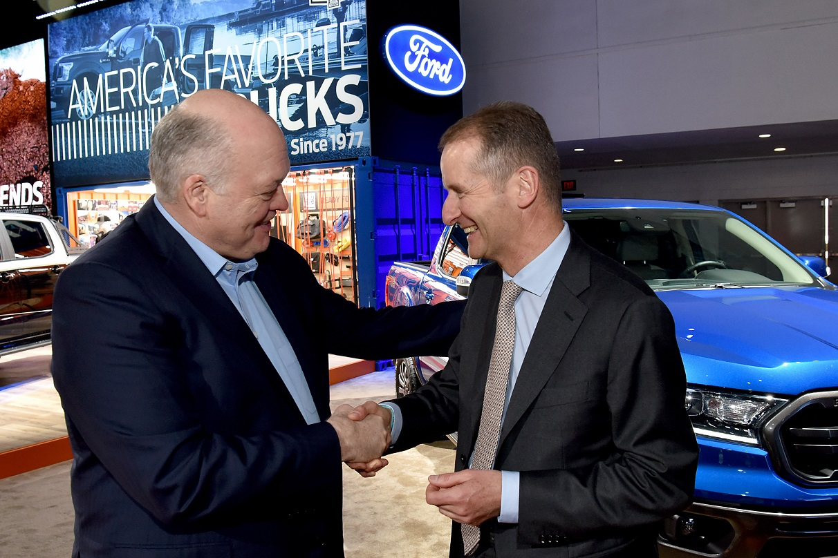 jimhackett ford herbertdiess vw salaodetroit2019
