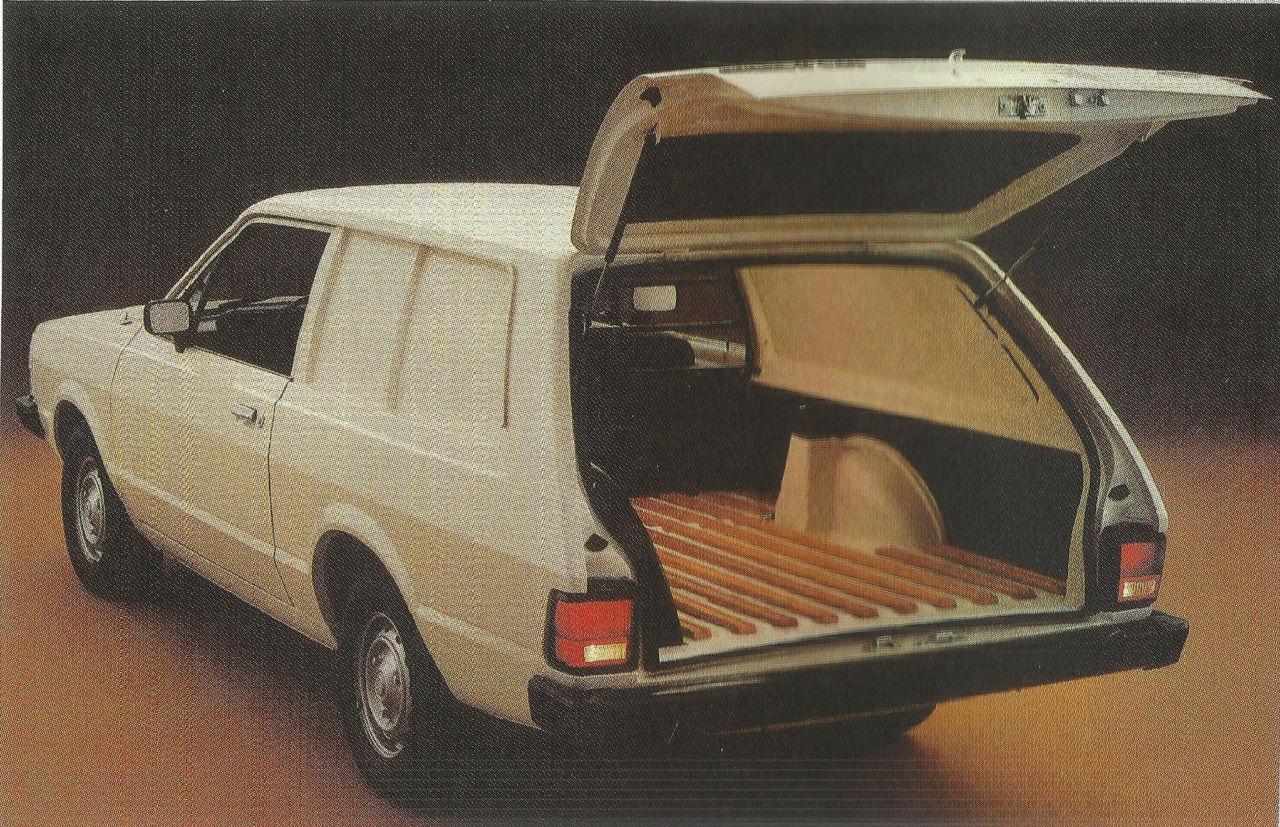 Ford Corcel II van