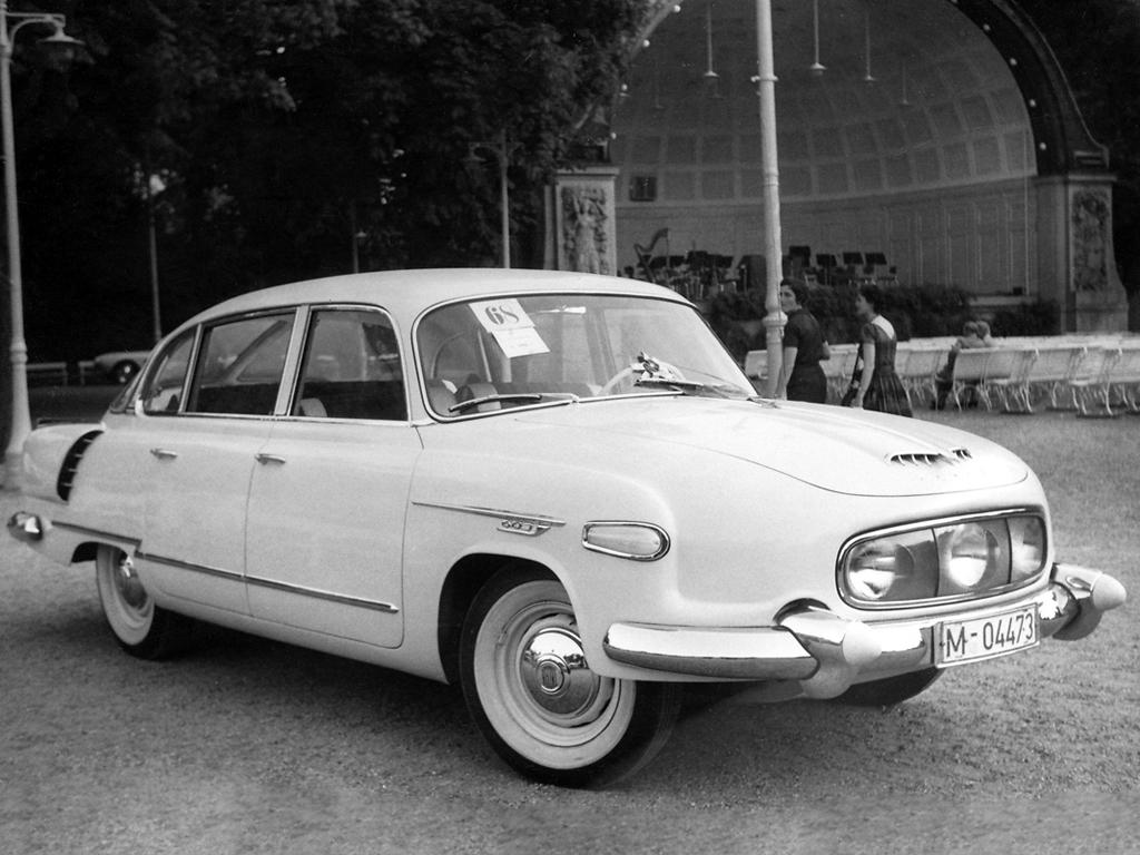 Carros feios, mas competentes: Tatra 603