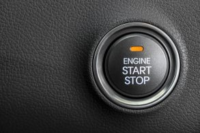[Vídeo] Sistema Start-Stop é uma coisa, botão de ignição é outra: entenda