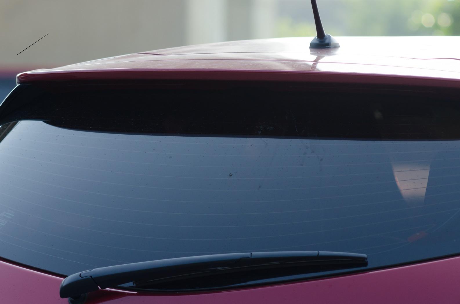 Limpadores traseiros são comuns em veículos com traseiras mais verticais, como hatches, SUVs e peruas