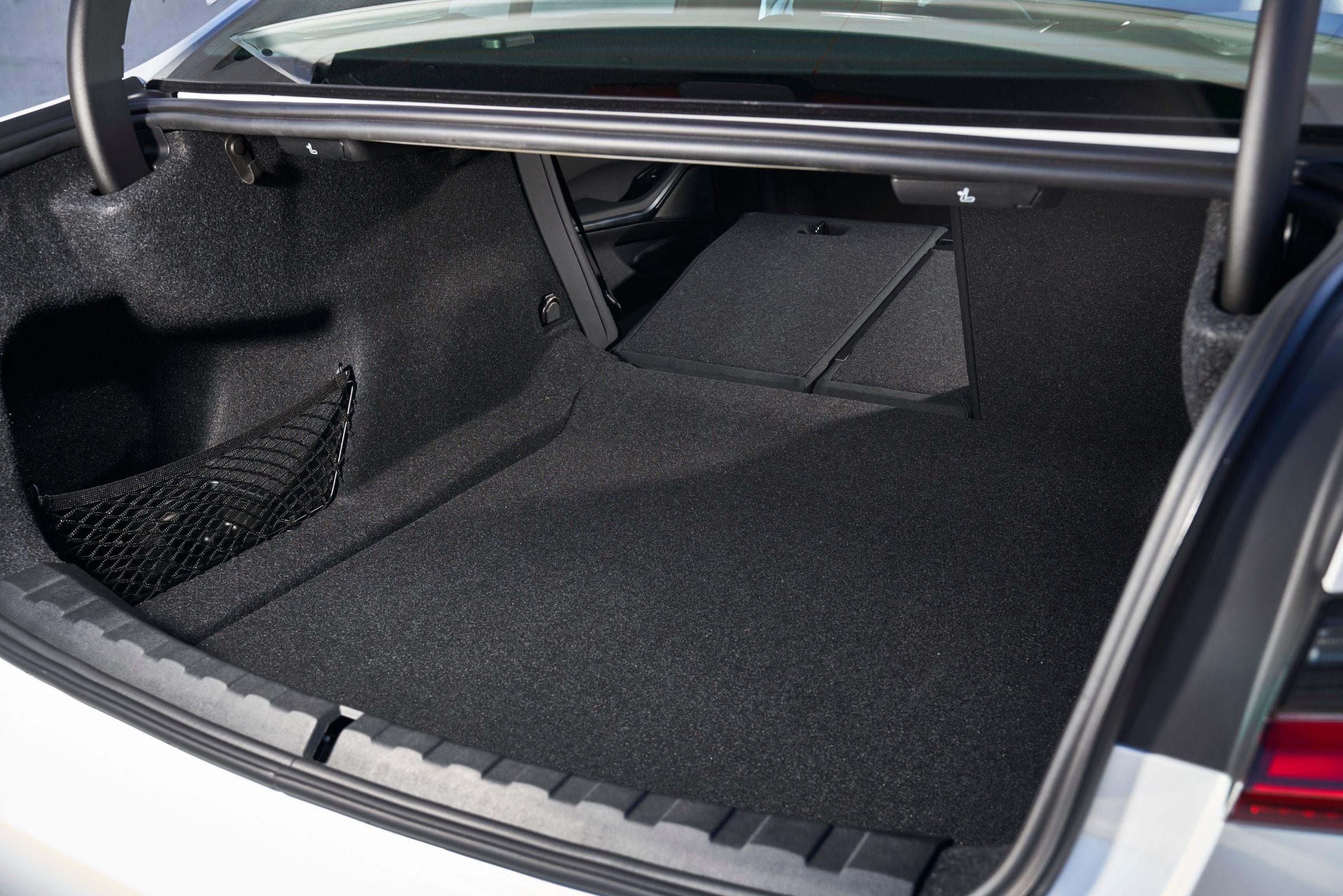 Carro PcD: além do espaço, abertura do porta-malas é importante
