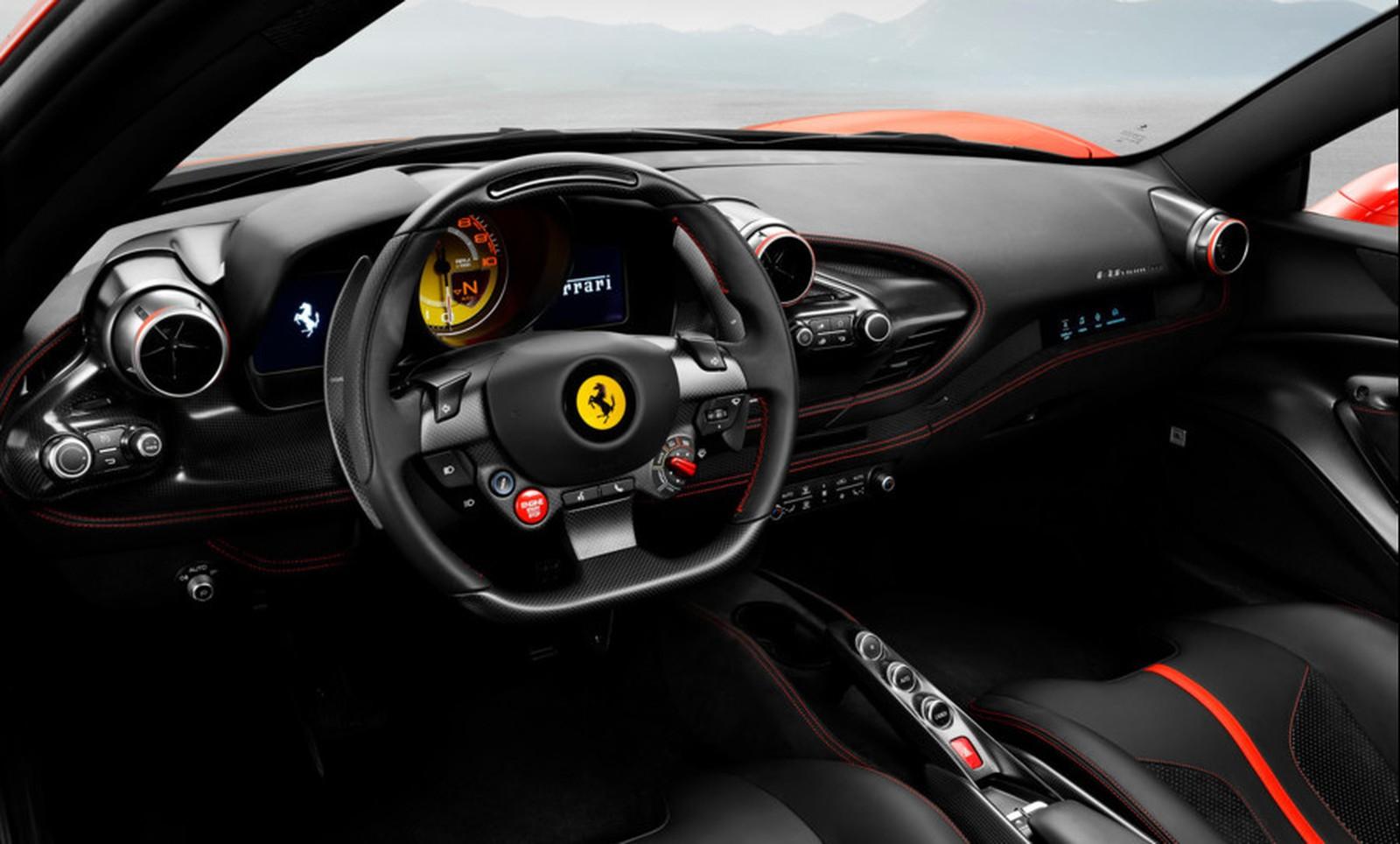 Ferrari F8 Triturbo será apresentada ao público no Salão de Genebra. Esportivo carrega o V8 mais potente produzido pela fabricante Italiana.