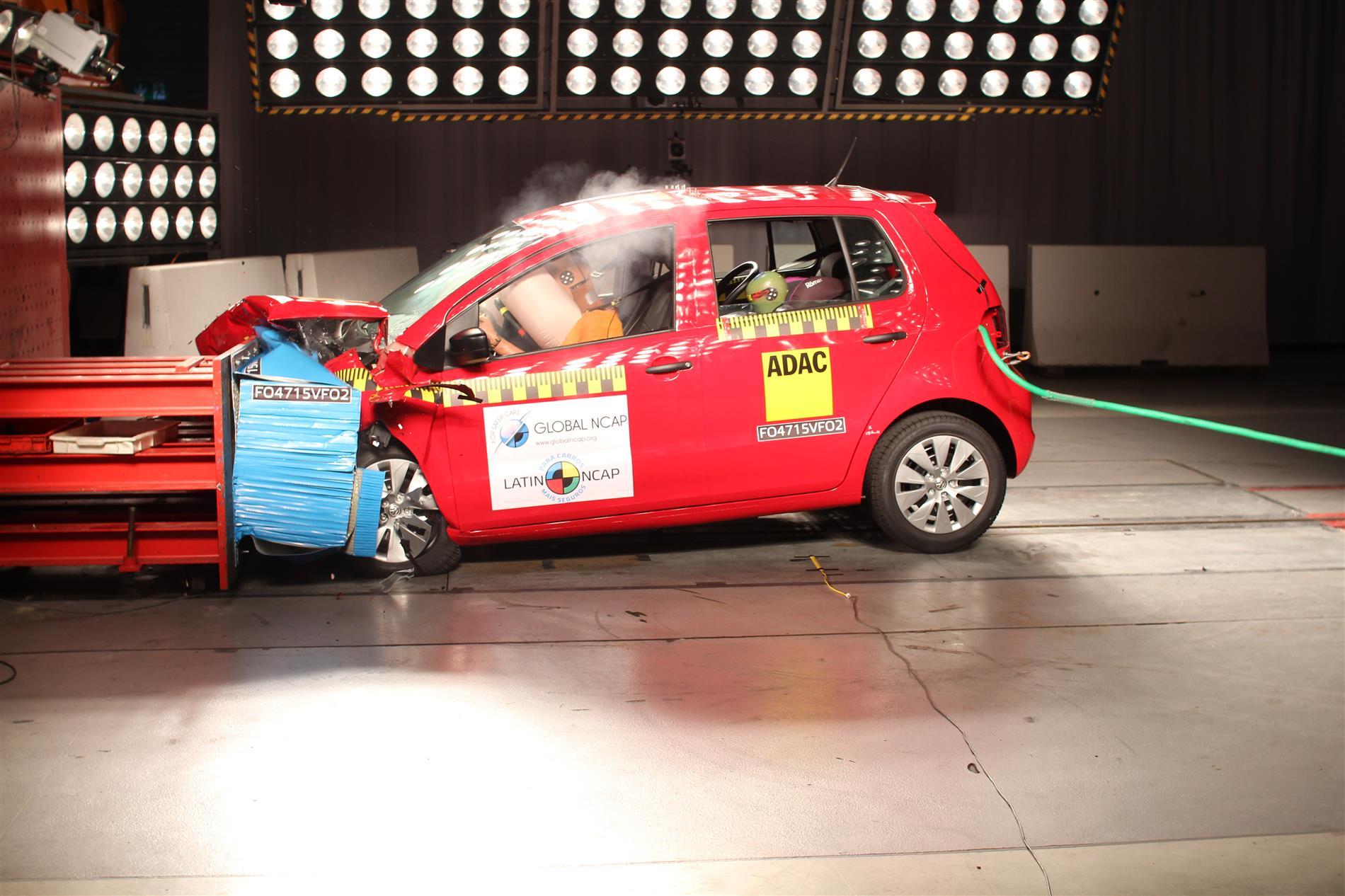Latin Ncap testa, com base nos novos padrões, o Volkswagen Fox. Hatch conquista três estrelas na proteção de adultos e crianças.
