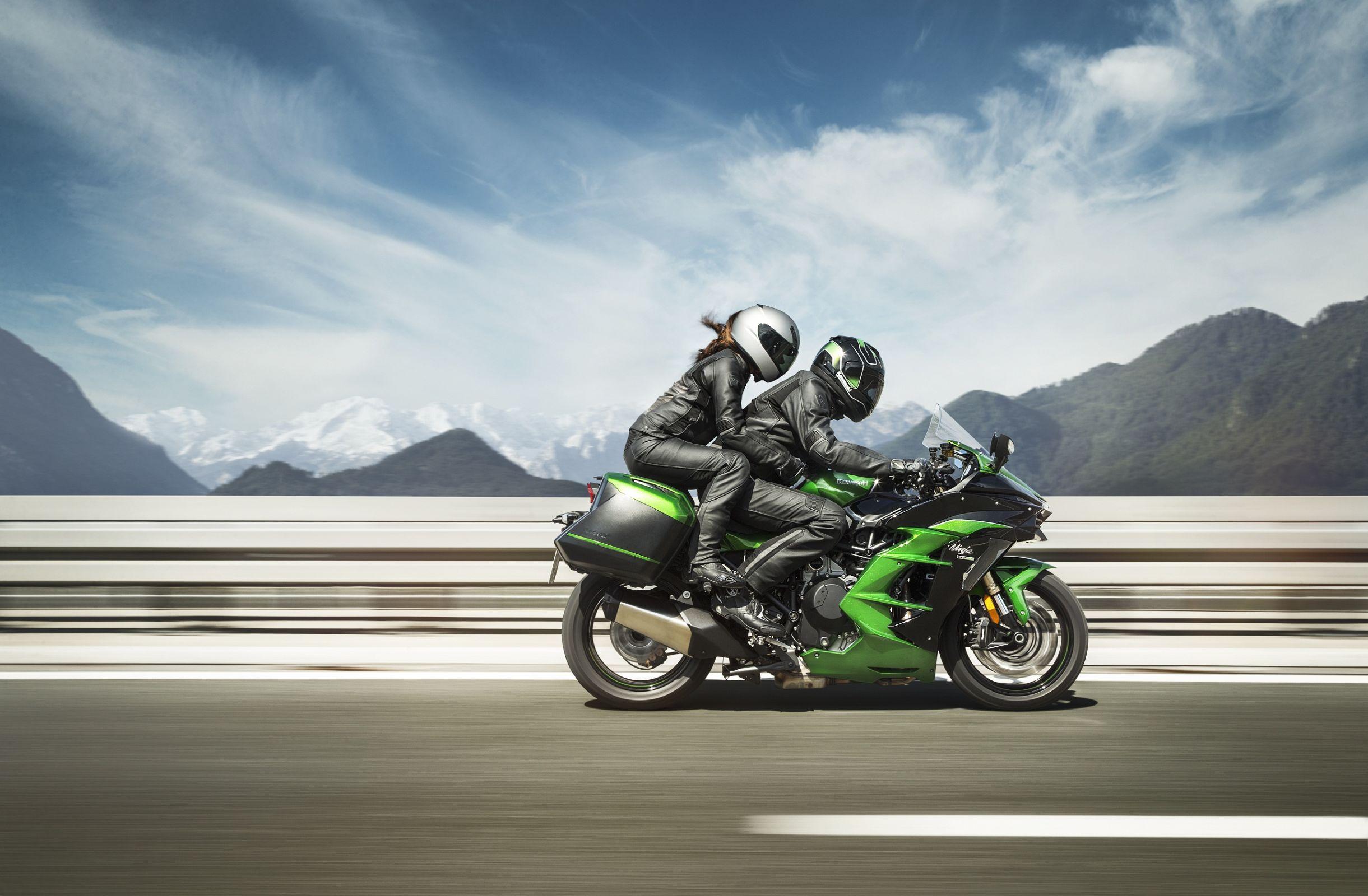 Kawasaki H2 SX SE: mais civilizada