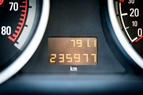 Quilometragem do veículo pode ser registrada no CRLV