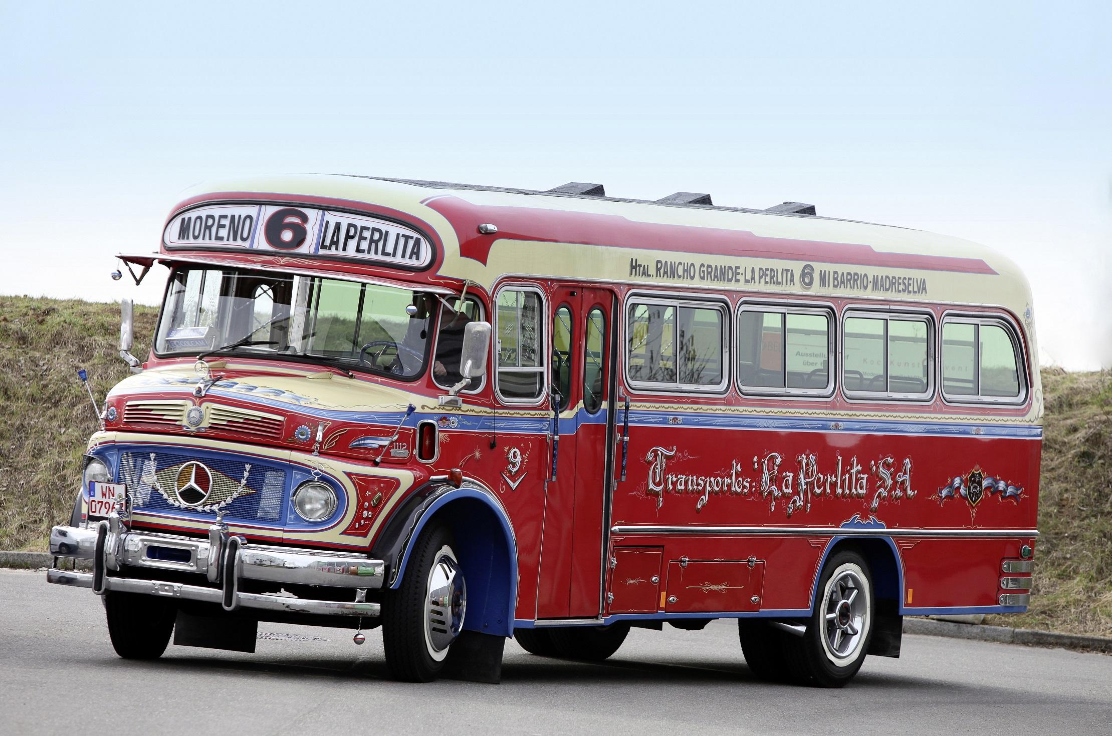 O ônibus Mercedes-Benz LO 1112 é irmão dos caminhões 1111 e 1113, clássicos também no Brasil.
