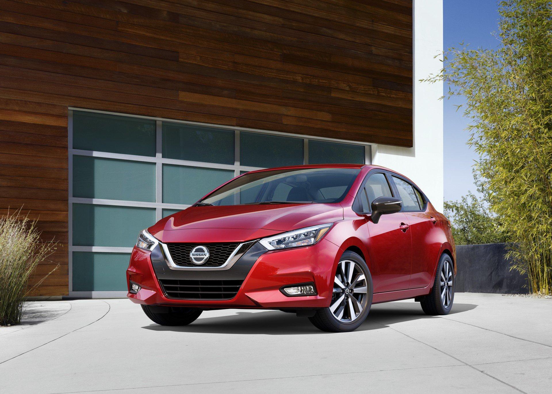 O Nissan Versa 2020 abandonou o design tido como antiquado e ficou mais moderno