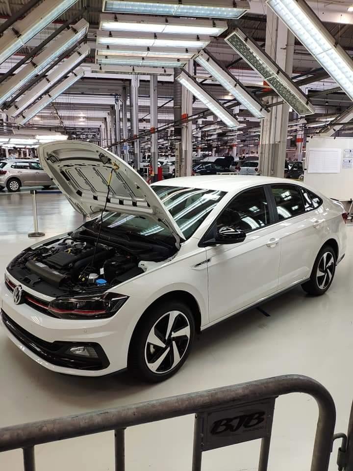 O VW Virtus GTS tem o mesmo visual do conceito apresentado no Salão do Automóvel de São Paulo. O motor será o 1.4 turbo (250 TSI) de 150 cv.