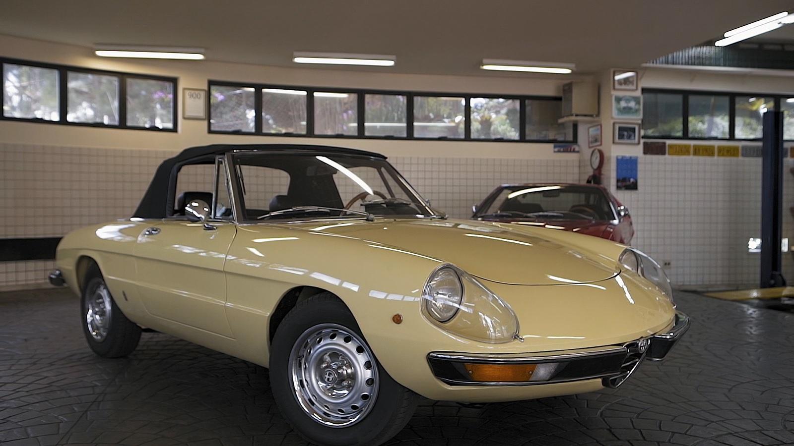 Alfa Romeo Spider 1972: Boris apresenta esse clássico