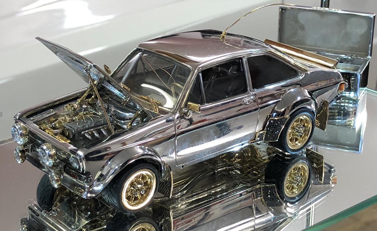 ford escort miniatura de ouro e diamantes