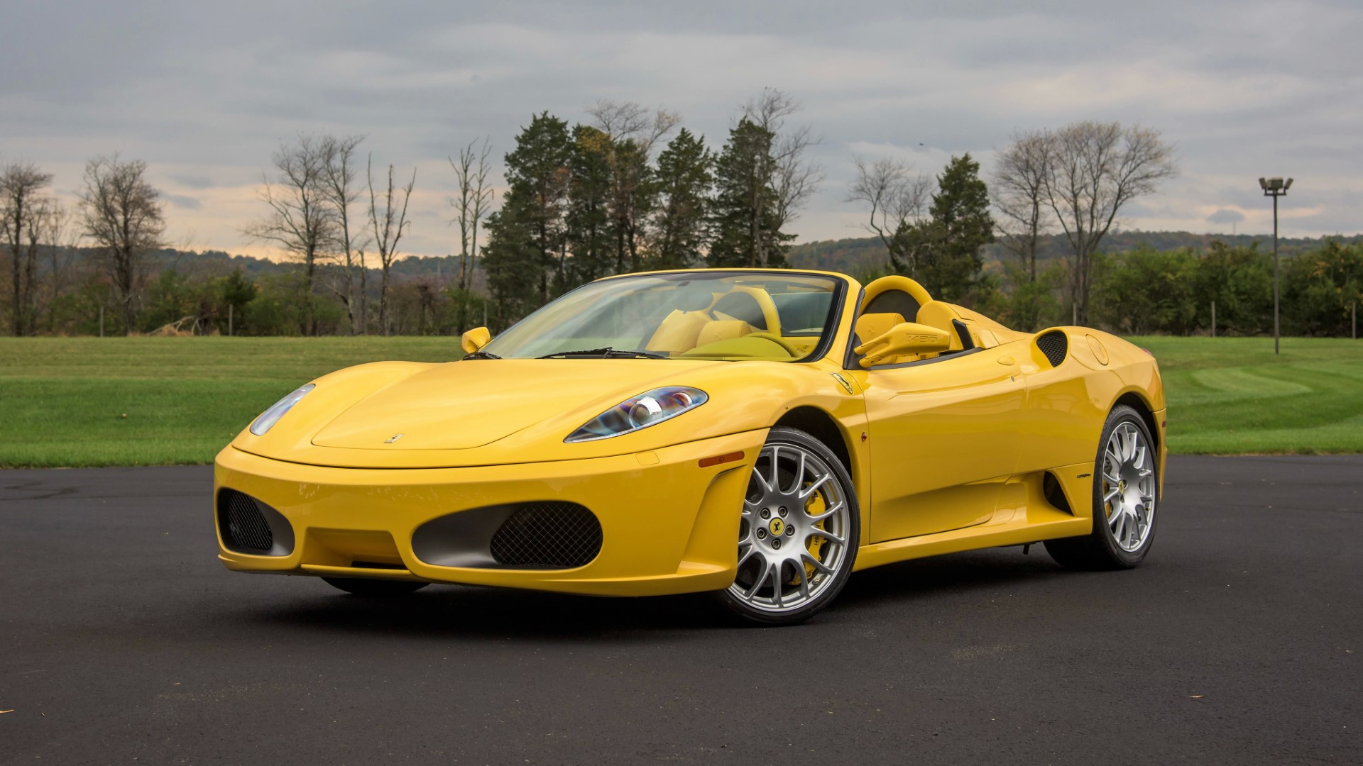 Carros de Lionel Messi: Ferrari F430 Spider
