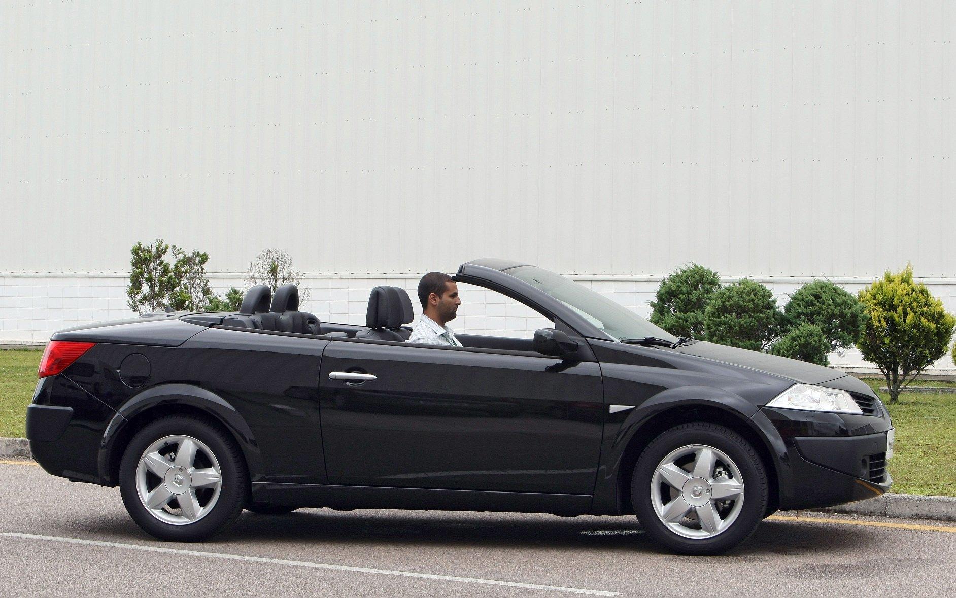 Renault Mégane Coupé Cabriolet é um dos carros conversíveis usados mais acessíveis do mercado