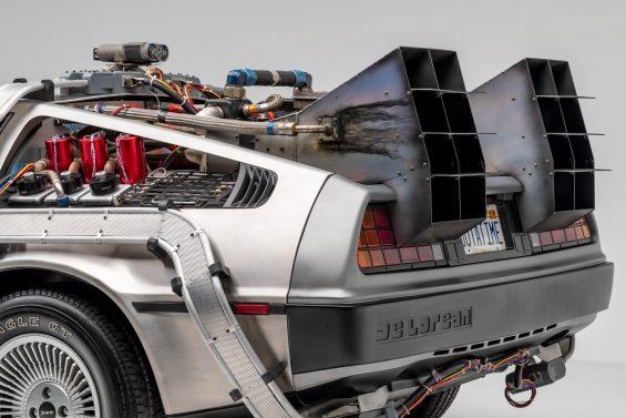 delorean de volta para o futuro carro maquina do tempo 1985 2