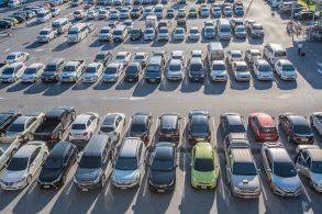 Comércio de carros usados está próximo do normal