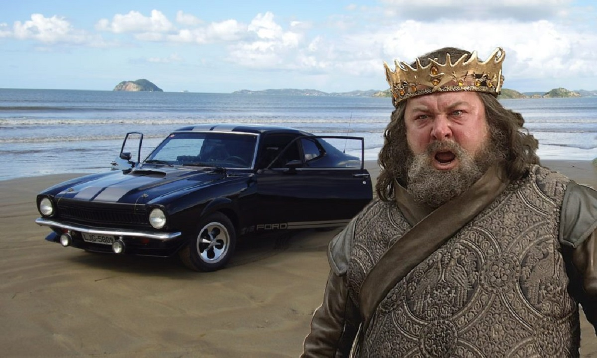 Robert Baratheon é um Ford Maverick (Bárbara Angelo | AutoPapo). Transformamos reis, rainhas, anão, eunuco e companhia em carros enquanto aguardamos pelo episódio final de Game of Thrones.