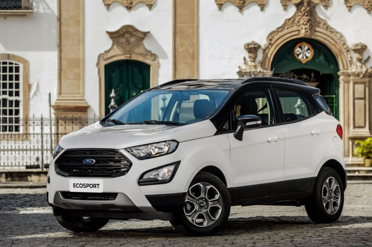 lateral ford ecosport freestyle