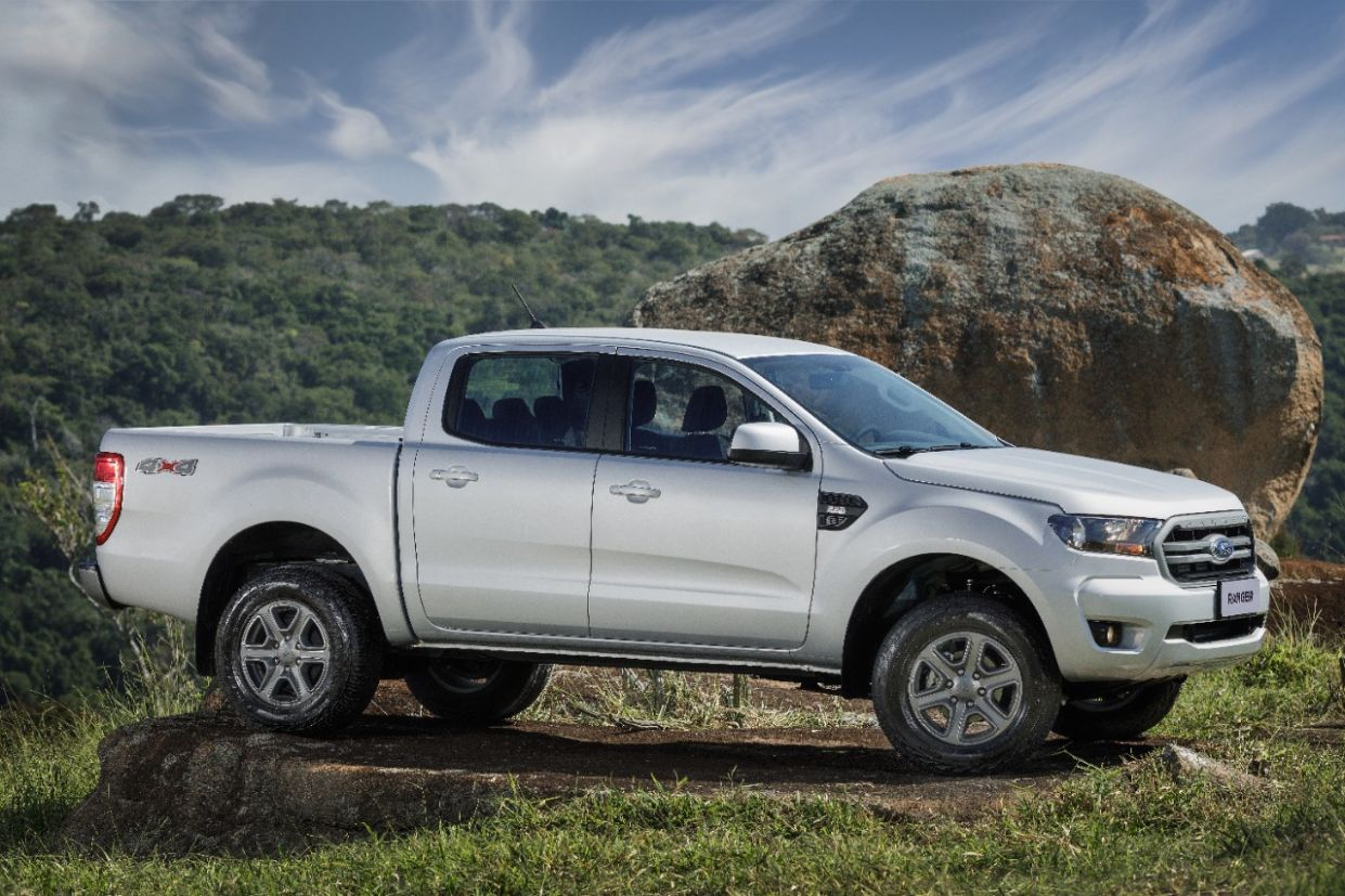 ford ranger 2020 xls lateral
