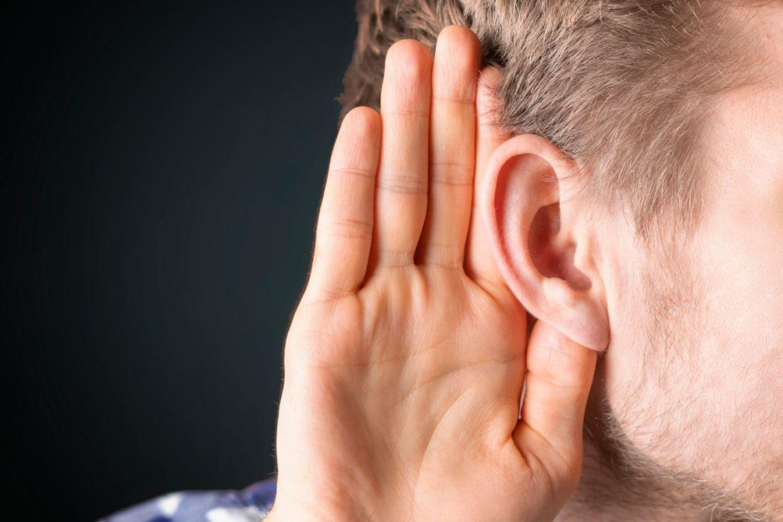 deficiente auditivo