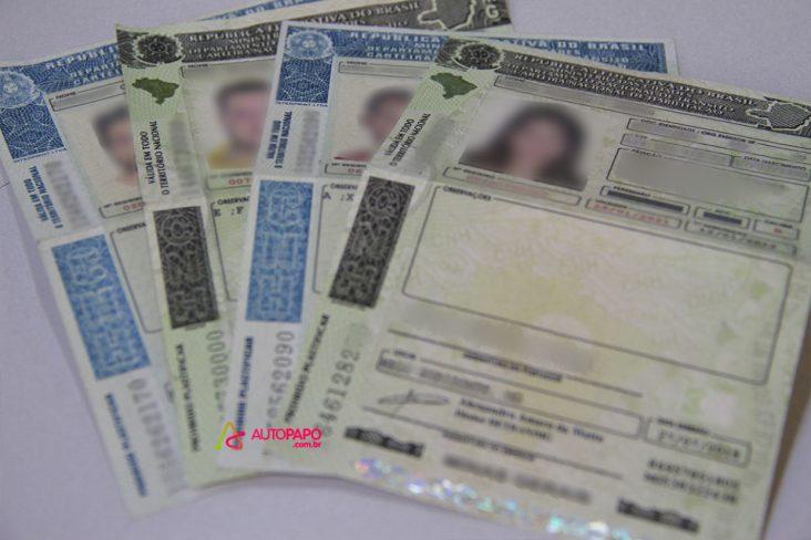 Projeto de Lei quer dar fim à perda de pontos na CNH por atraso na atualização do Certificado de Registro de Veículo (CRV).