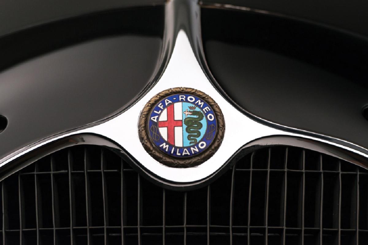 alfa romeo logomarcas carros