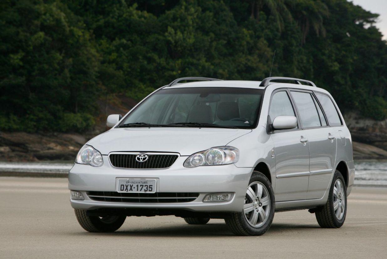toyota_corolla_fielder_2008 10 carros usados bons para PcD na faixa de R$ 30 mil
