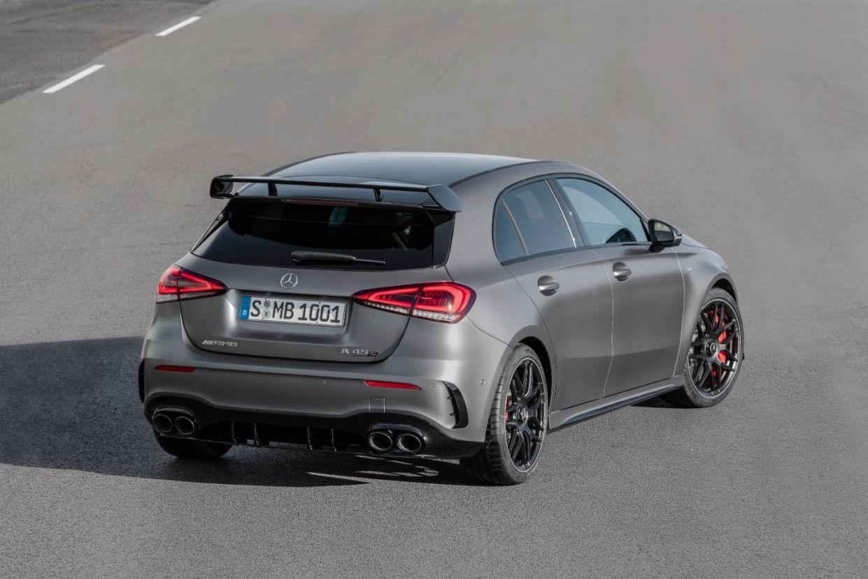 Mercedes apresentou os AMG A 45 S e CLA 45 S 2020. Esportivos chegam com o motor 2.0 produzido em série mais potente do mundo.