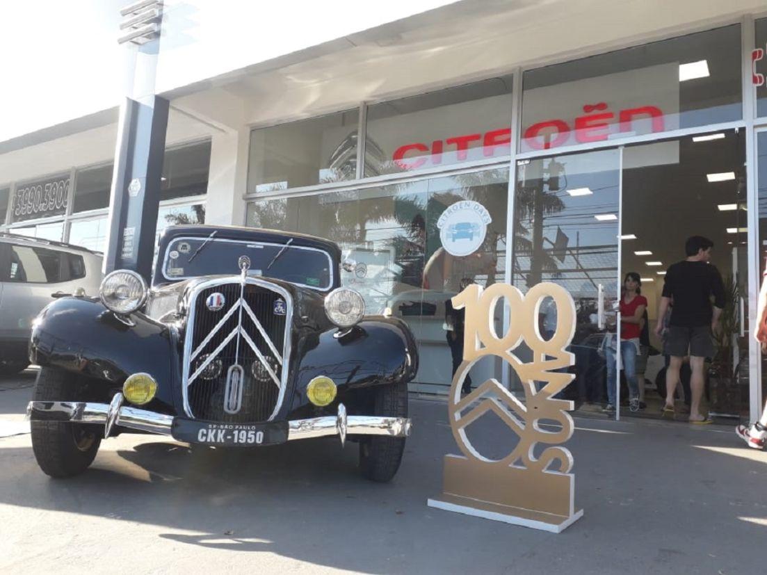 exposicao de carros classicos da citroen no brasil 3