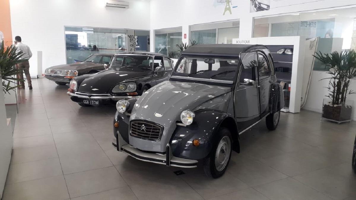 exposicao de carros classicos da citroen no brasil 1