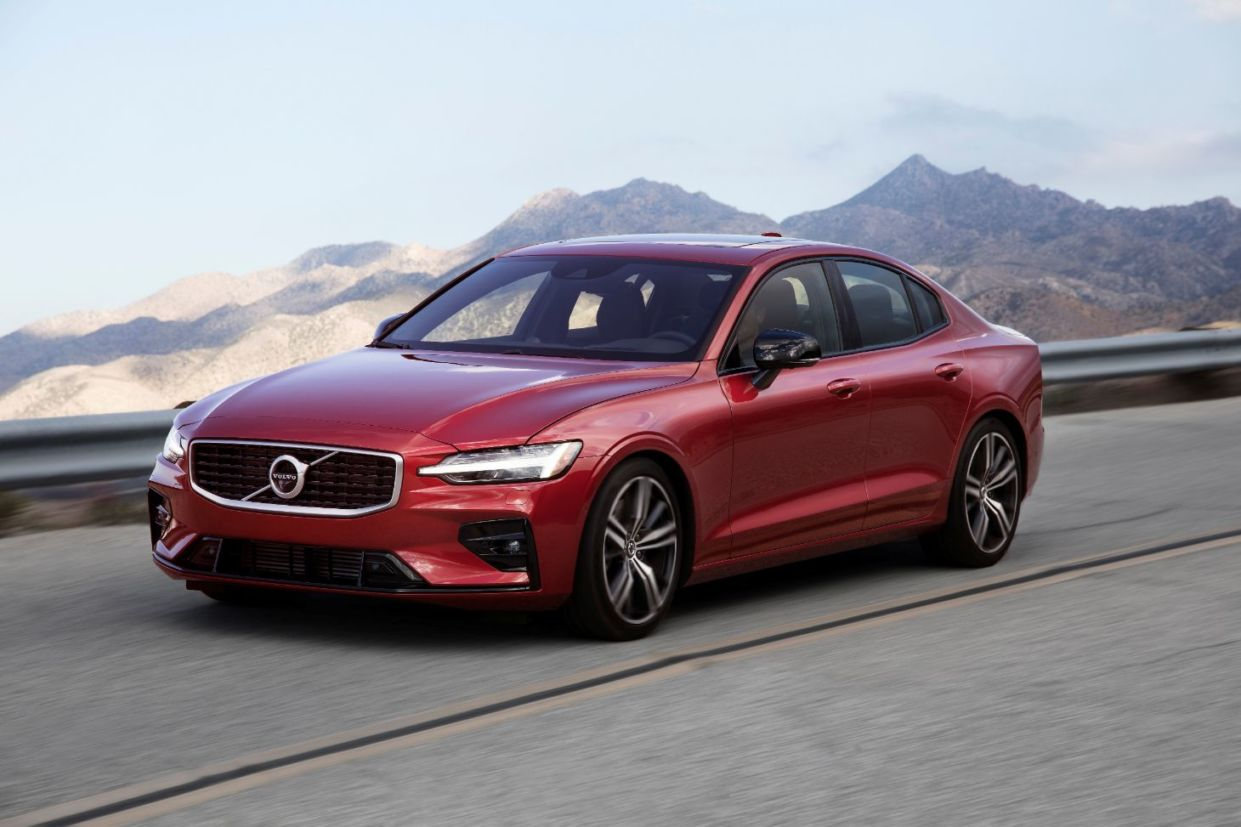 lateral volvo s60
