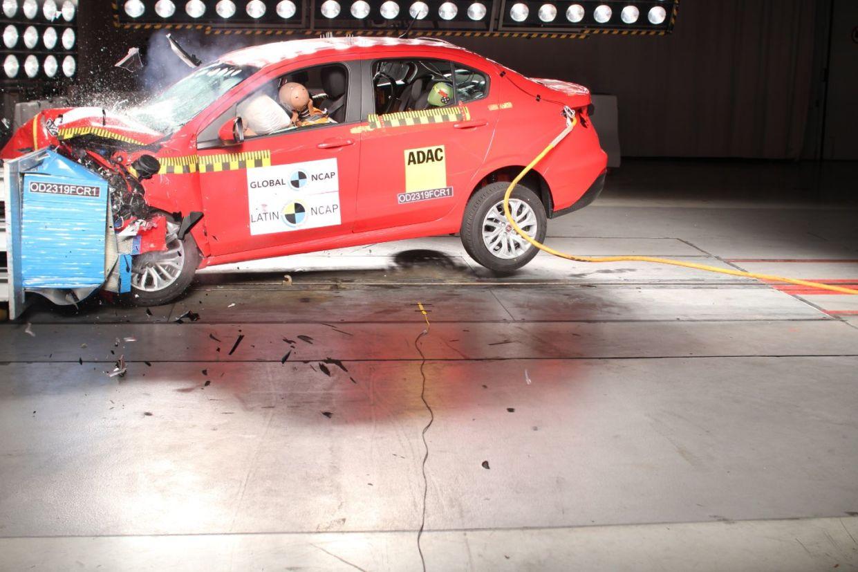 Latin Ncap revelou os resultados dos testes de imapcto dos modelos Fiat Cronos e Argo; eToyota Etios. Proteção para adultos e crianças não é excelente.