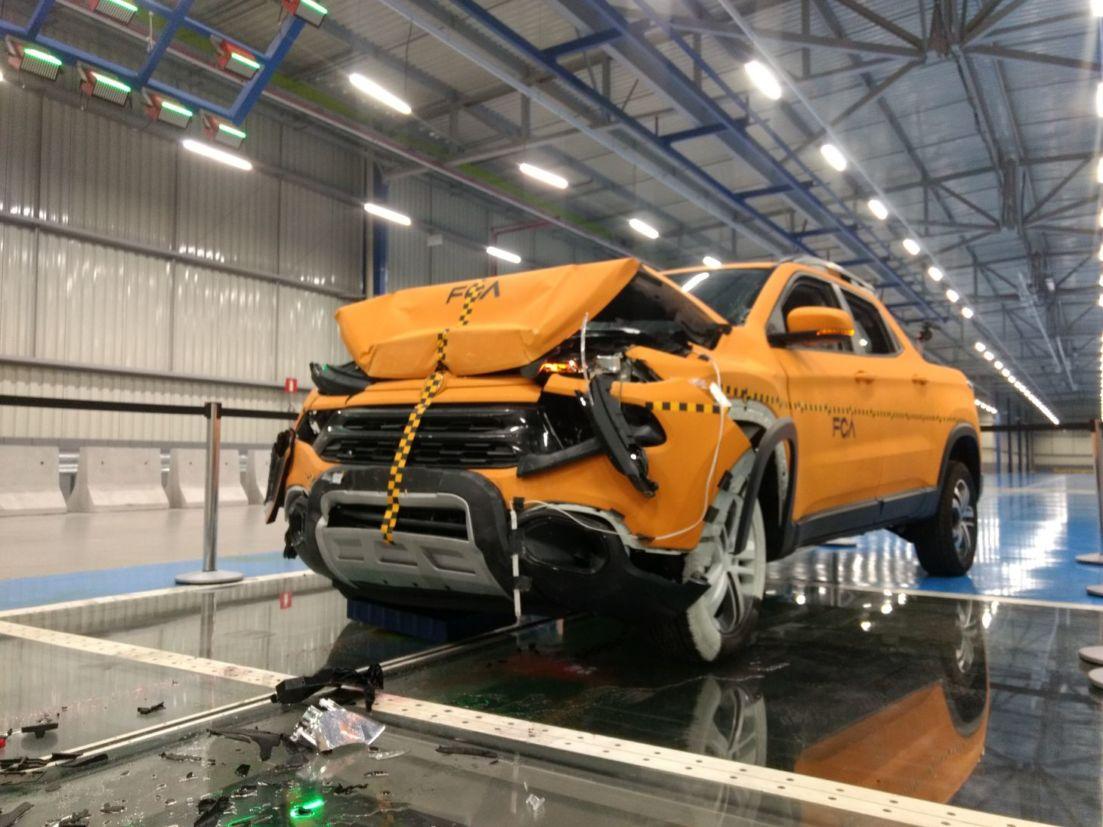 crash test toro safety center fca 14