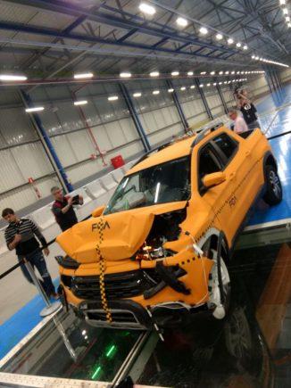 crash test toro safety center fca 15