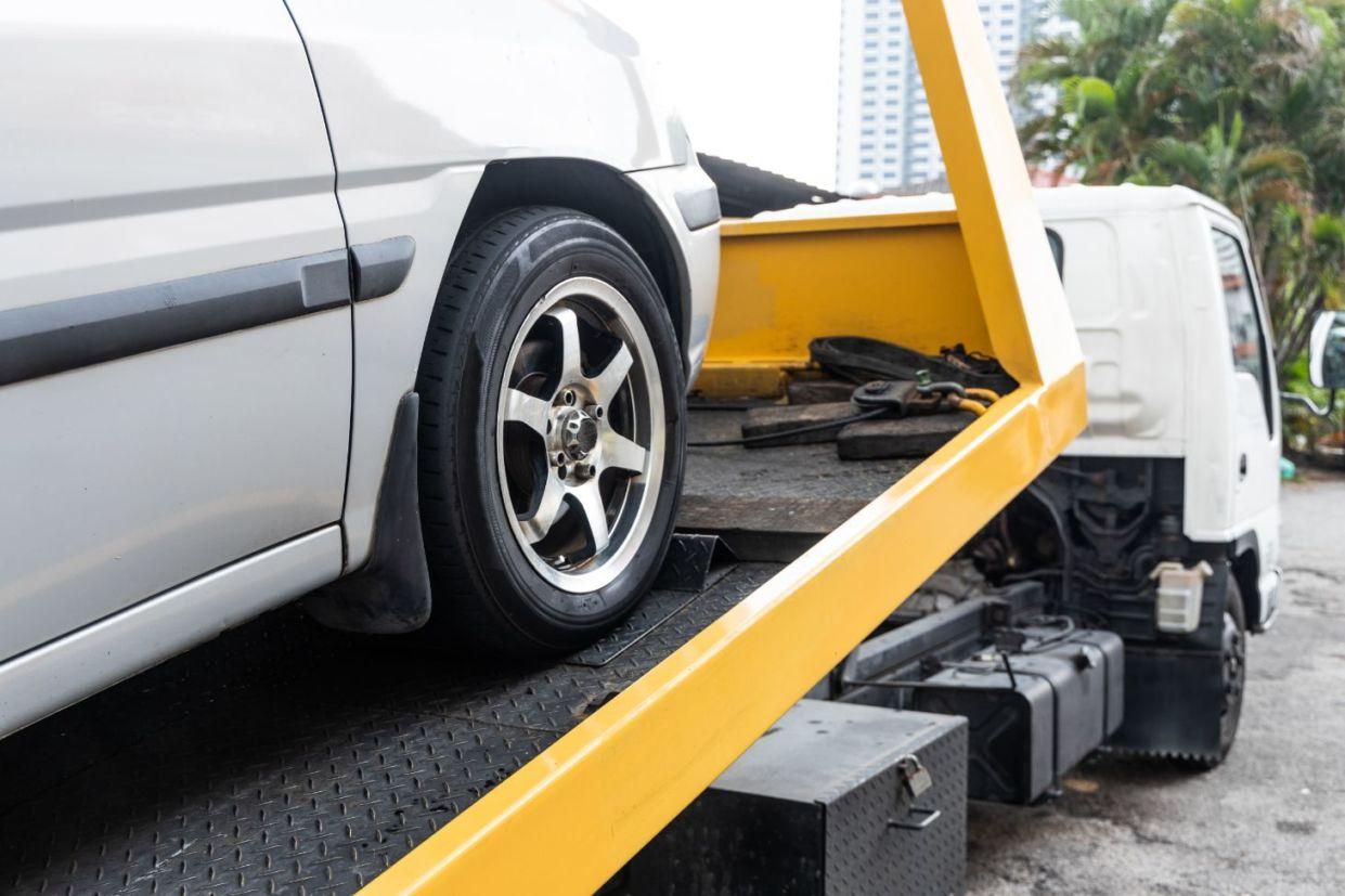 Projeto de Lei que tramita conclusivamente na Câmara dos Deputados quer que órgãos de trânsito sejam obrigados a notificar dono de carro rebocado.