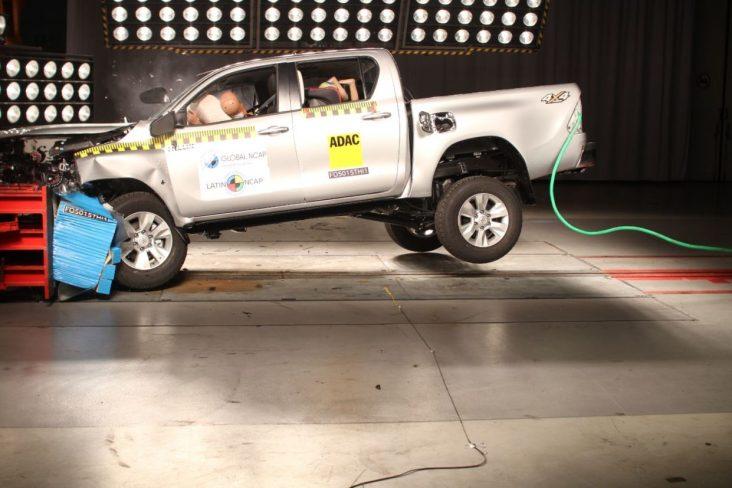 teste de seguranca toyota hilux sw4 7 airbags