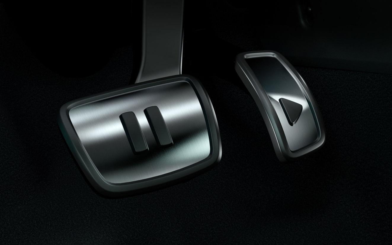 volkswagen id3 eletrico interior pedais