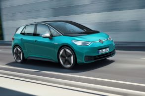 Volkswagen aposta em elétricos, sem descartar os híbridos