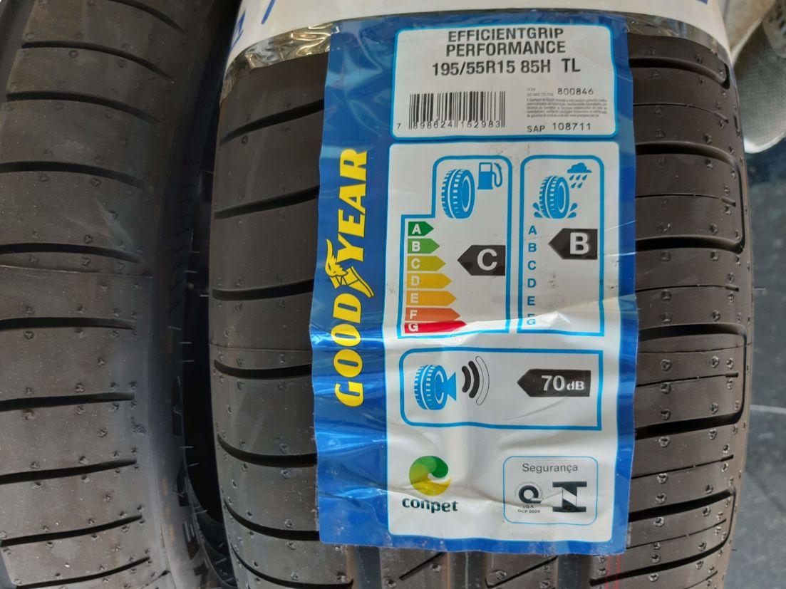 Etiqueta do Inmetro nos pneus informando sobre sua durabilidade e influência no consumo do carro