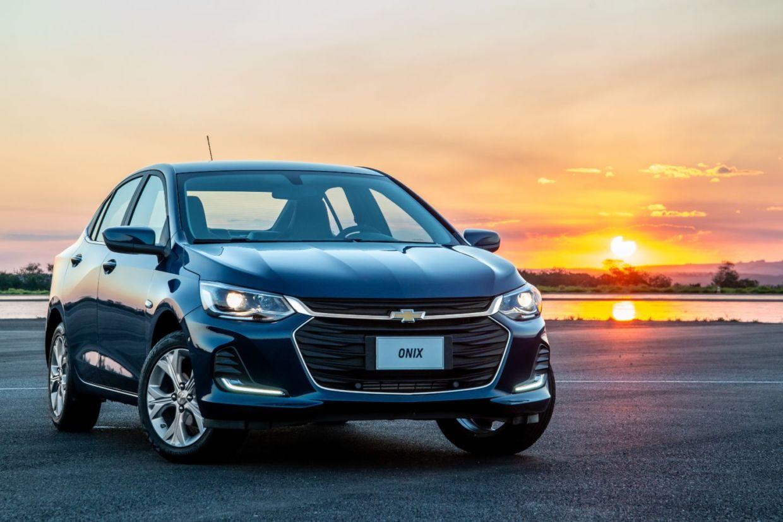 novo onix plus frente 2 No Retrovisor AutoPapo desta semana, Boris Feldman fala das versões do Onix Plus, dicas para o test drive, consumo de carros elétricos, e mais!