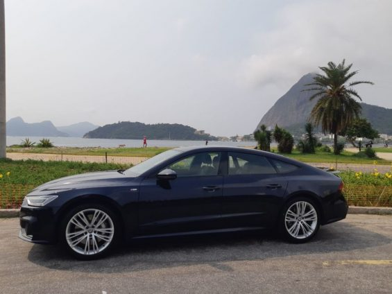 lateral audi a71