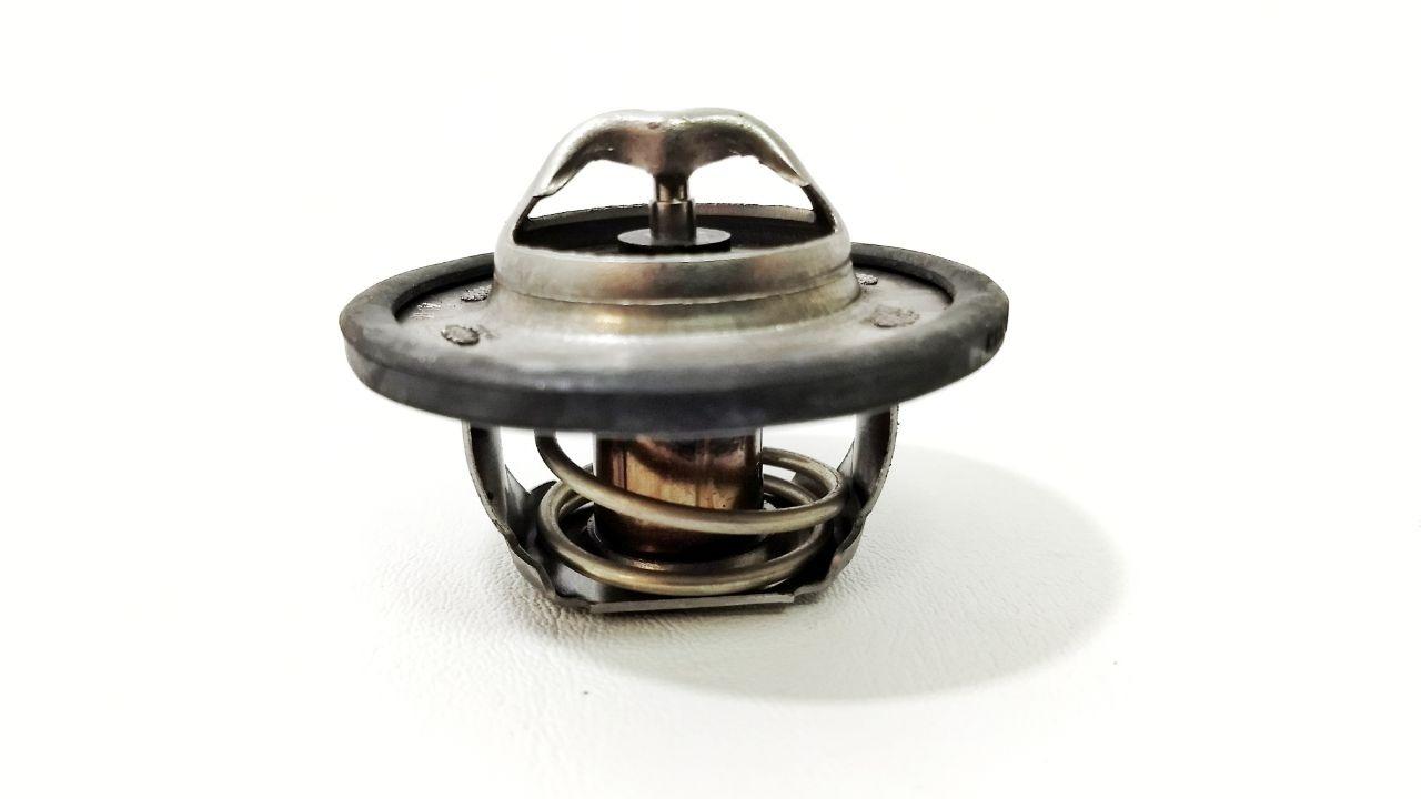válvula termostática é responsável pela temperatura ideal de funcionamento do motor do carro