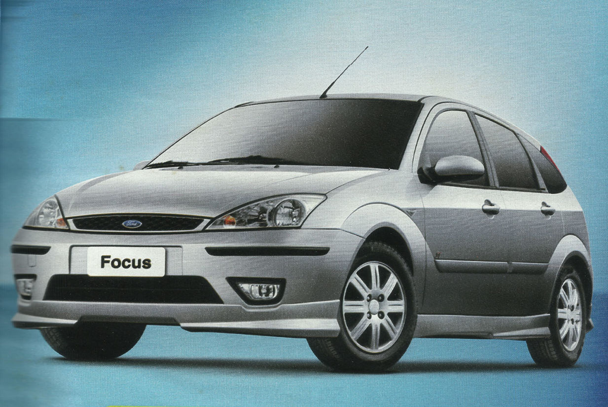 ford focus mk1 ghia prata de frente carros até R$ 20 mil