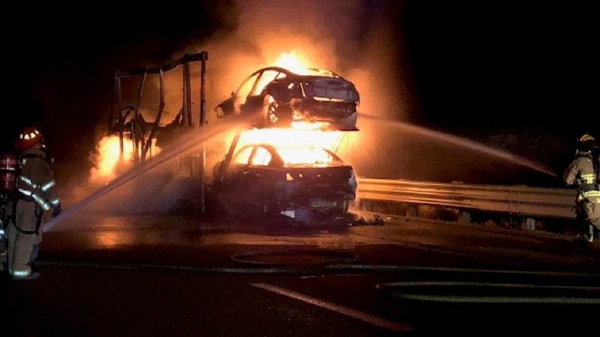 bombeiros carros tesla fogo