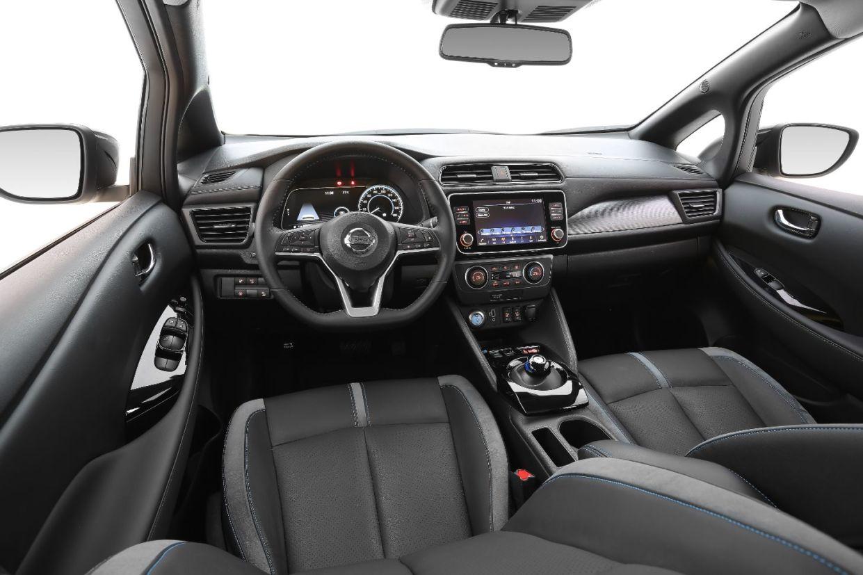 nissan leaf 2020 interior 02
