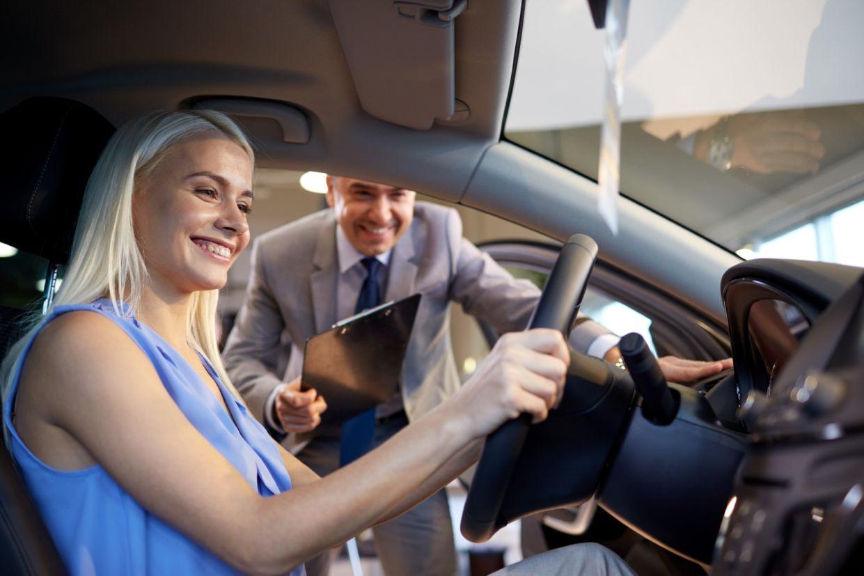 test drive vendedor concessionaria comprar carro