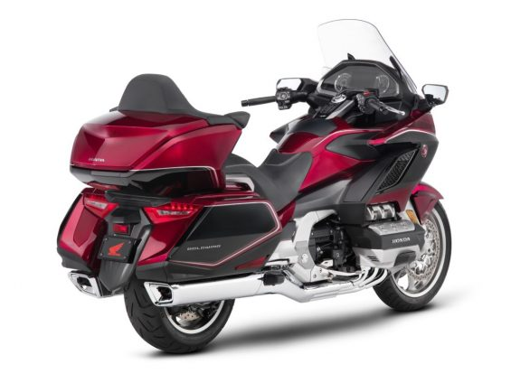 115831 2018 gl1800 gold wing tour