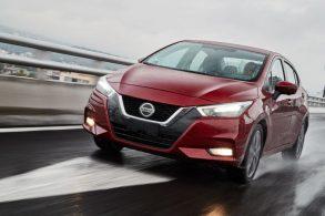 Novo Nissan Versa está vindo. Mas, e o antigo?